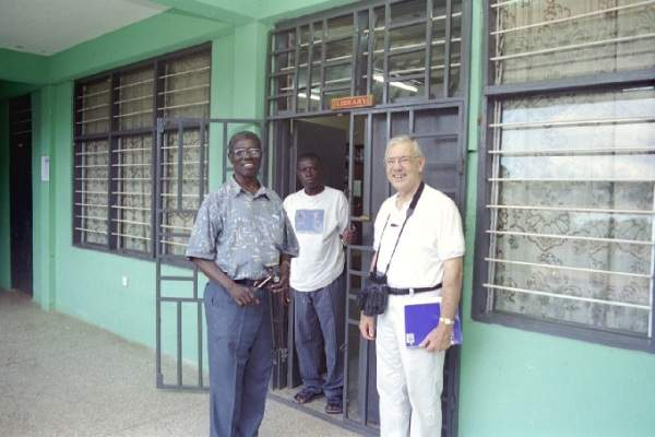 Dr. Obeng and Dan Boyd in front of the Ghana Bible College Library - October 2000